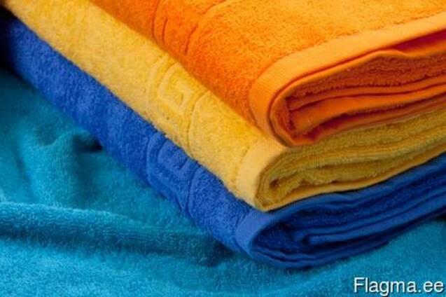 Махровое готове полотенца разных размеров и разных тонов